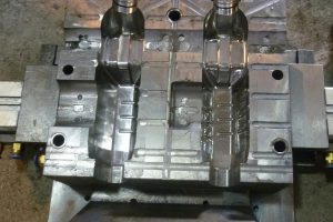 Understand the four problems of processing plastic products hot runner molds
